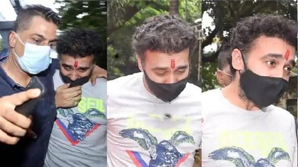 राज कुंद्रा की गाड़ी के आगे भागा शिल्पा शेट्टी का बॉडीगार्ड, VIDEO देख फैंस ने बोला जबरदस्त