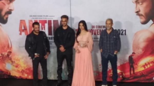अंतिम ट्रेलर लॉन्च: 'सलमान खान की वजह से मैंने इस फिल्म में अभिनय भी किया और निर्देशिन भी'- महेश मांजरेकर