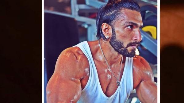 रणवीर सिंह ने नेपोटिज्म पर कर दिया ये पोस्ट! कानों में डायमंड के इयरिंग पहन फ्लॉन्ट की जबरस्त बॉडी-PIC
