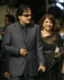 https://hindi.filmibeat.com/img/2009/01/02-sanjay-khan200.jpg