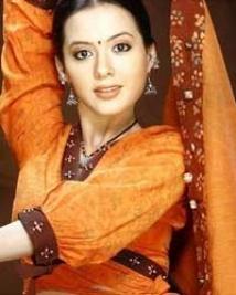 https://hindi.filmibeat.com/img/2009/01/17-isha-sharvani200.jpg
