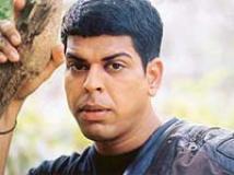 http://hindi.filmibeat.com/img/2009/03/05-murli-sharma200.jpg