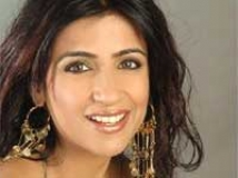 https://hindi.filmibeat.com/img/2009/04/21-shibani-kashyap200.jpg