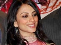 https://hindi.filmibeat.com/img/2009/05/09-pakhi-tyrewala200.jpg
