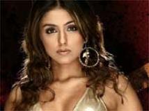 https://hindi.filmibeat.com/img/2009/05/17-aarti-chhabariya.jpg