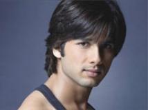 https://hindi.filmibeat.com/img/2009/05/20-shahid-kapoor200.jpg