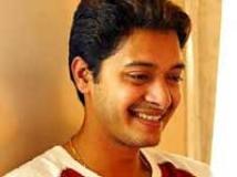 https://hindi.filmibeat.com/img/2009/05/29-shreyas-talpade200.jpg