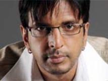 https://hindi.filmibeat.com/img/2009/06/11-javed-jaffrey200.jpg