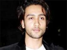 http://hindi.filmibeat.com/img/2009/06/26-adhyayan-suman200.jpg