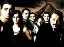 https://hindi.filmibeat.com/img/2009/07/17-film-luck200.jpg