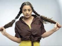https://hindi.filmibeat.com/img/2009/09/05-mona-wasu200.jpg