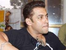 https://hindi.filmibeat.com/img/2009/09/07-salman-khan203.jpg