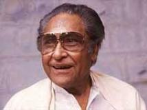 http://hindi.filmibeat.com/img/2009/10/12-ashok-kumar200.jpg