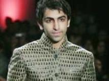 https://hindi.filmibeat.com/img/2010/03/07-pankaj-advani-on-ramp200.jpg