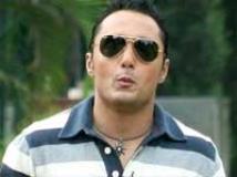 https://hindi.filmibeat.com/img/2010/04/07-rahul-bose200.jpg
