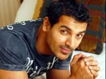 http://hindi.filmibeat.com/img/2010/08/28-john-abraham201.jpg