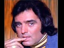 https://hindi.filmibeat.com/img/2010/09/29-feroz-khan200.jpg