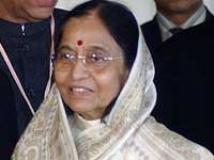 https://hindi.filmibeat.com/img/2010/10/22-pratibha-patil-at200.jpg