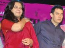 https://hindi.filmibeat.com/img/2010/11/07-anusha-rizvi-aamir-khan-200.jpg