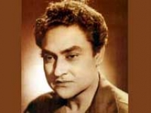 http://hindi.filmibeat.com/img/2010/11/23-ashok-kumar-at-200.jpg