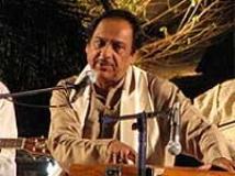 https://hindi.filmibeat.com/img/2010/12/26-ghulam-ali-200.jpg