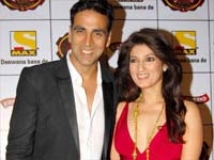 http://hindi.filmibeat.com/img/2011/04/04-akshay-kumar-twinkle-khanna-200.jpg