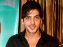https://hindi.filmibeat.com/img/2011/06/23-zayed-khan-300.jpg