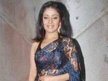 https://hindi.filmibeat.com/img/2011/09/06-sunidhi-chauhan-307.jpg