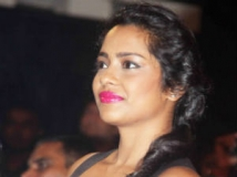http://hindi.filmibeat.com/img/2011/10/12-shahanagoswami-300.jpg