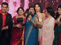 http://hindi.filmibeat.com/img/2012/01/09-juhi-parmar-303.jpg