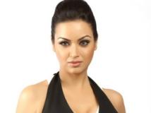 https://hindi.filmibeat.com/img/2012/03/29-maryam-zakaria-301.jpg