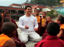 https://hindi.filmibeat.com/img/2012/05/07-aamir-khan-308.jpg