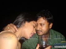 http://hindi.filmibeat.com/img/2012/05/14-veena-malik.jpg