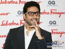 http://hindi.filmibeat.com/img/2012/08/06-abhishek-bachchan-304.jpg