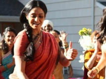 https://hindi.filmibeat.com/img/2012/10/05-sridevi-600.jpg