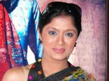 https://hindi.filmibeat.com/img/2013/03/05-sudhachandran-600.jpg