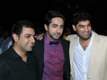 https://hindi.filmibeat.com/img/2013/04/12-nautanki-saala.jpg