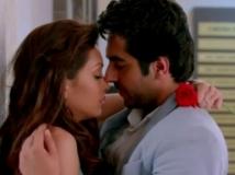https://hindi.filmibeat.com/img/2013/04/16-nautankisaala-600.jpg