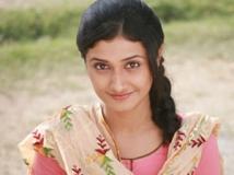 https://hindi.filmibeat.com/img/2013/04/30-29-ragini-khanna-290413.jpg