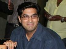 https://hindi.filmibeat.com/img/2013/05/27-kunal-612.jpg