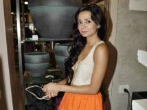 http://hindi.filmibeat.com/img/2013/06/04-1370343397-ira.jpg