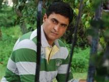 https://hindi.filmibeat.com/img/2013/06/04-mohnish-behl.jpg