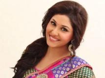 http://hindi.filmibeat.com/img/2013/07/05-pooja-chopra-600.jpg