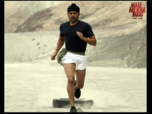 http://hindi.filmibeat.com/img/2013/07/16-bhaag-milkha-bhaag.jpg
