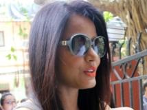 https://hindi.filmibeat.com/img/2013/11/13-neetu-600.jpg