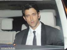 https://hindi.filmibeat.com/img/2014/01/03-17-hrithik-roshan-1000.jpg
