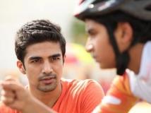 https://hindi.filmibeat.com/img/2014/05/09-hawaa-hawaai-movie-review-twitter.jpg