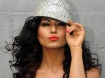 http://hindi.filmibeat.com/img/2014/11/26-29.jpg