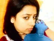https://hindi.filmibeat.com/img/2016/04/07-1460010957-02-1459536592-pratyusha6.jpg