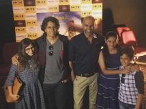 http://hindi.filmibeat.com/img/2016/06/dhanakcover-10-1465537360.jpg